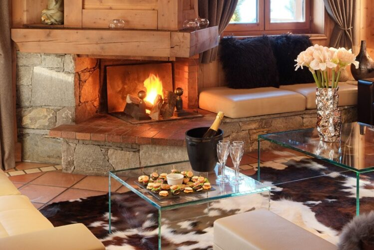 Chalet-Marielaine-fireplace