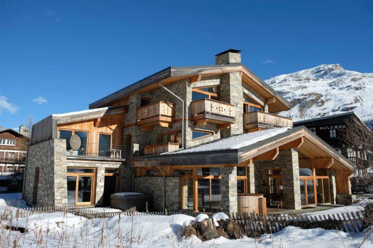 Chalet Alpinium 2 Winter exterior